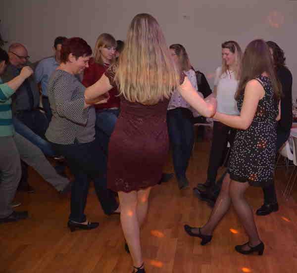 mobile-Disco-für-Hochzeitsfeier-in-Thüringen-Erfurt-Gotha-Ilmenau-Coburg-Oberfranken-Unterfranken