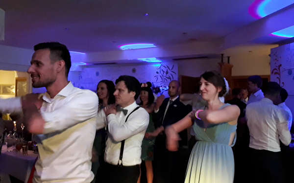 mobile-Disco-für-Hochzeitsfeier-in-Thüringen-Oberfranken-Unterfranken